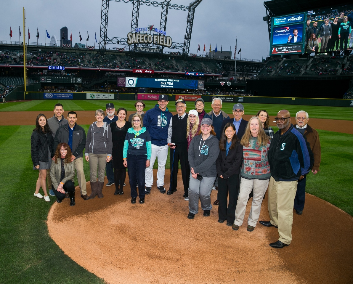 group photo of recipients of 2017 governor's volunteer service awards in attendance at salute to volunteers night pre-game ceremony (not all in attendance)